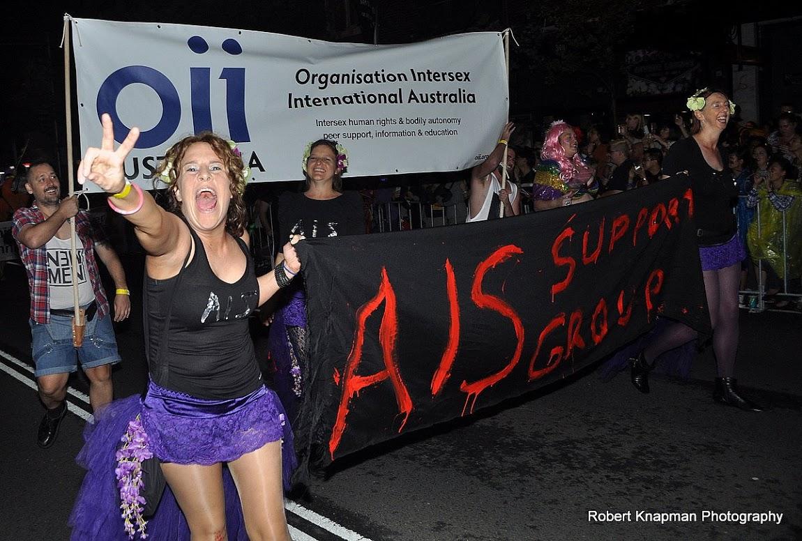Австралийская группа поддержки людей с синдром нечувствительности к андрогенам (AISSGA) и Международная интерсекс организация в Австралии (OII Australia) на параде Марди Гра в Сиднее