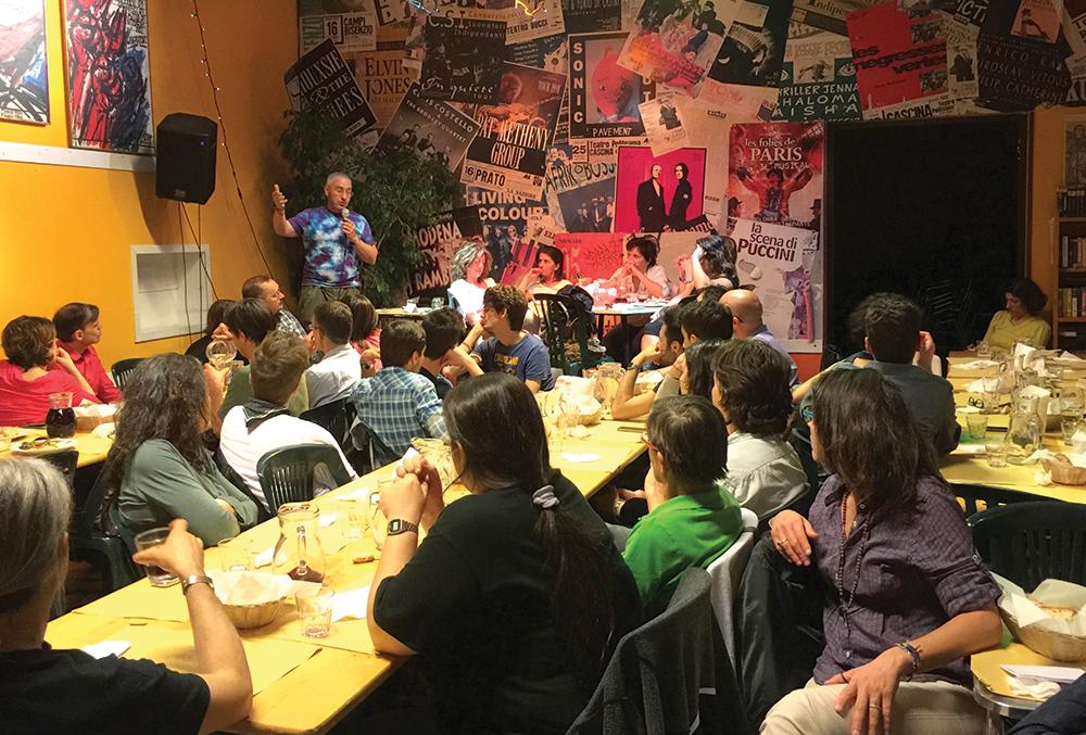 Встреча членов Интерсексиони, Италия